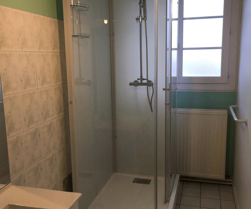 Remplacement d'une baignoire par une douche à Moreuil 80110