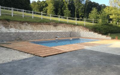 Terrasse de piscine à Saint- Fuscien 80680