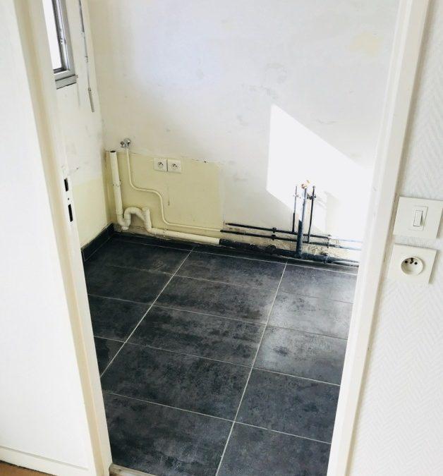 Pose de carrelage dans une salle de bain sur Beauvais 60000